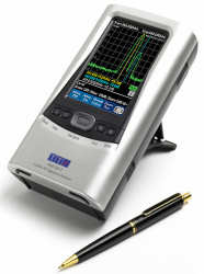 PSA1301T hand-held spectrum analyzer