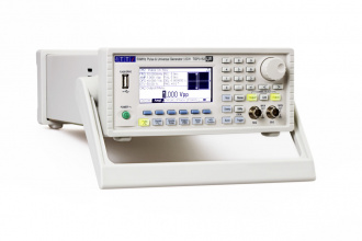 AIM-TTi TGP3152 (TGP3100 Series) Pulse and Function Generator - left
