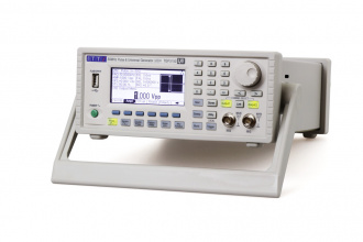 AIM-TTi TGP3152 (TGP3100 Series) Pulse and Function Generator - right